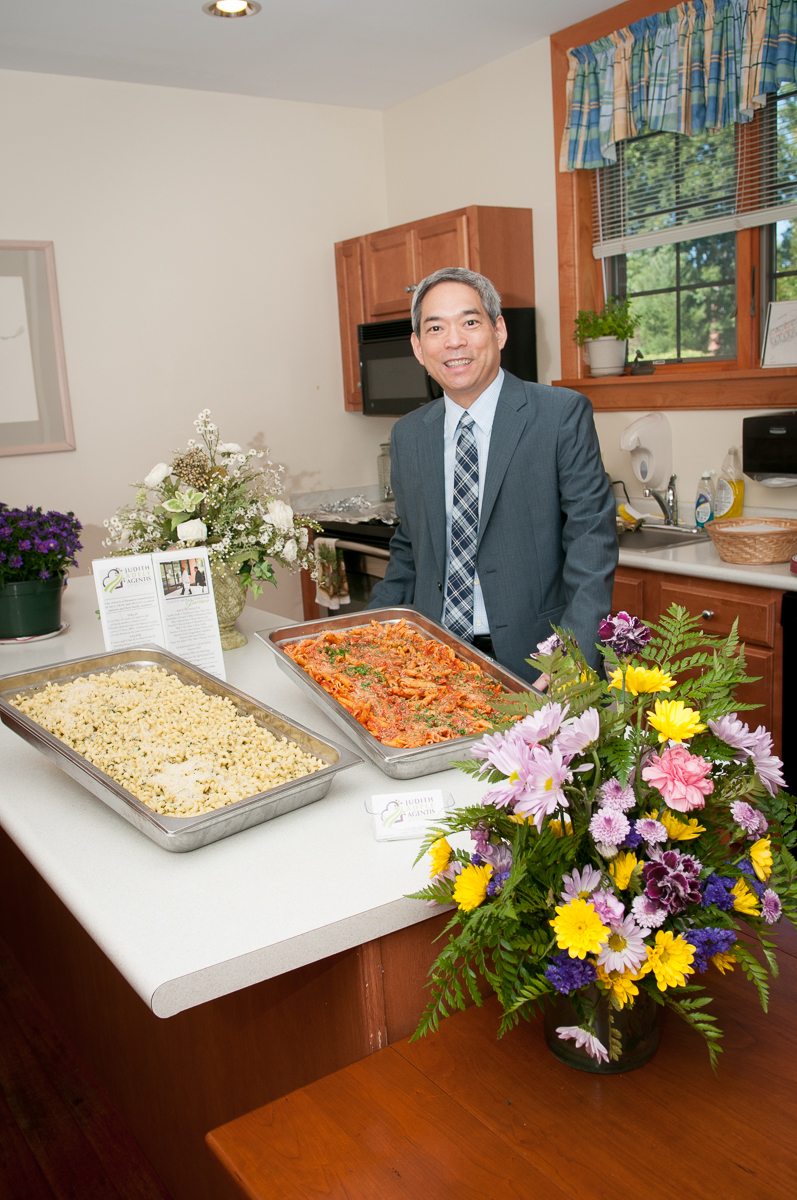 Bill Maruyama bringing food donations from Melt to Judie's Table at the St Lukes Hospice House